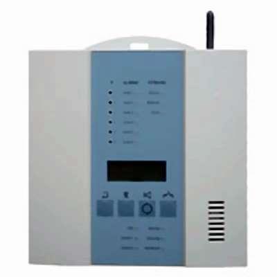 Die Funk-Alarmzentrale FBZ überwacht bis zu 100 Funk-Rauchmelder oder Meldergruppen vom Typ DS 6220/6230. Sie alarmiert mit einem 85 dBA lauten Warnton
